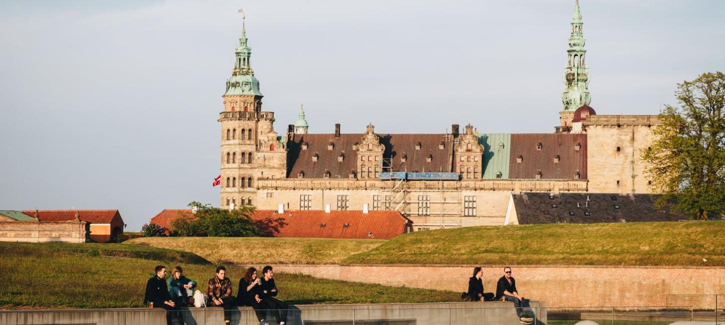 People hanging out in front of Kronborg Castle